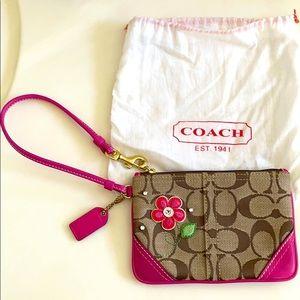 NWOT Coach Pink Flower Wristlet